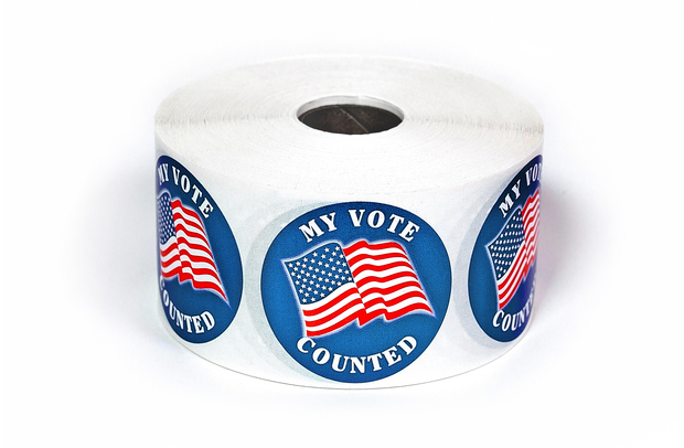 "My Vote Counted w/Flag 2"" Circle Stickers"